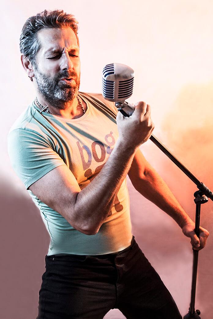şarkıcı bora gencer